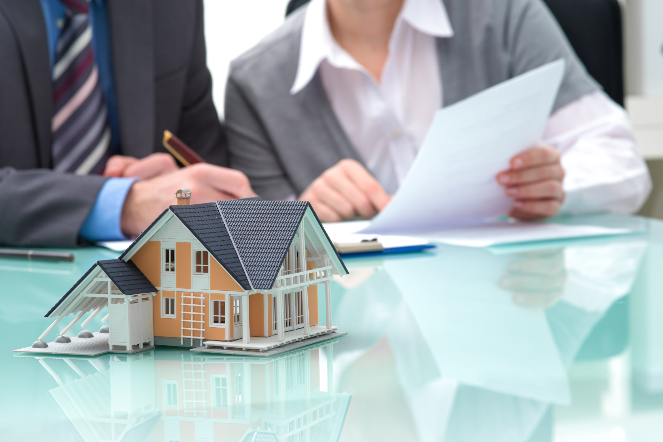 should-you-buy-real-estate-through-a-corporation-canada